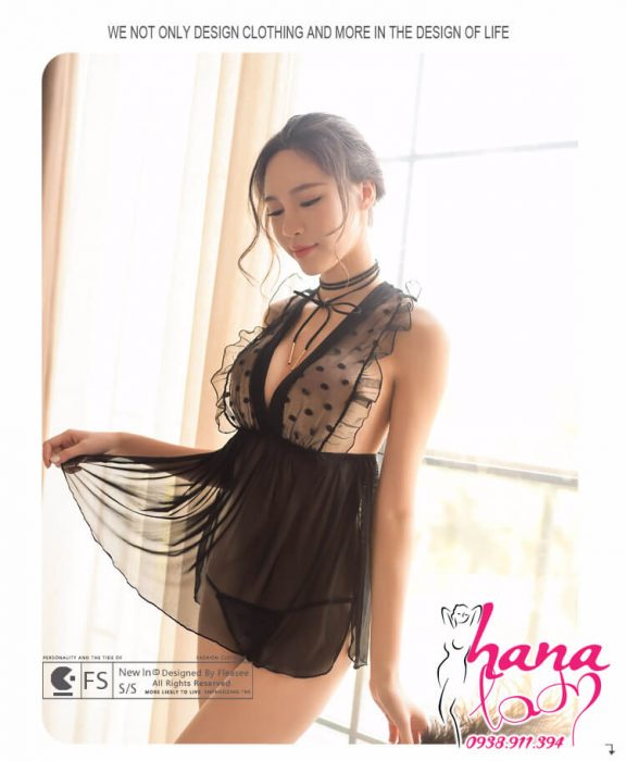 Váy ngủ chấm bi xẻ ngực VN034 7