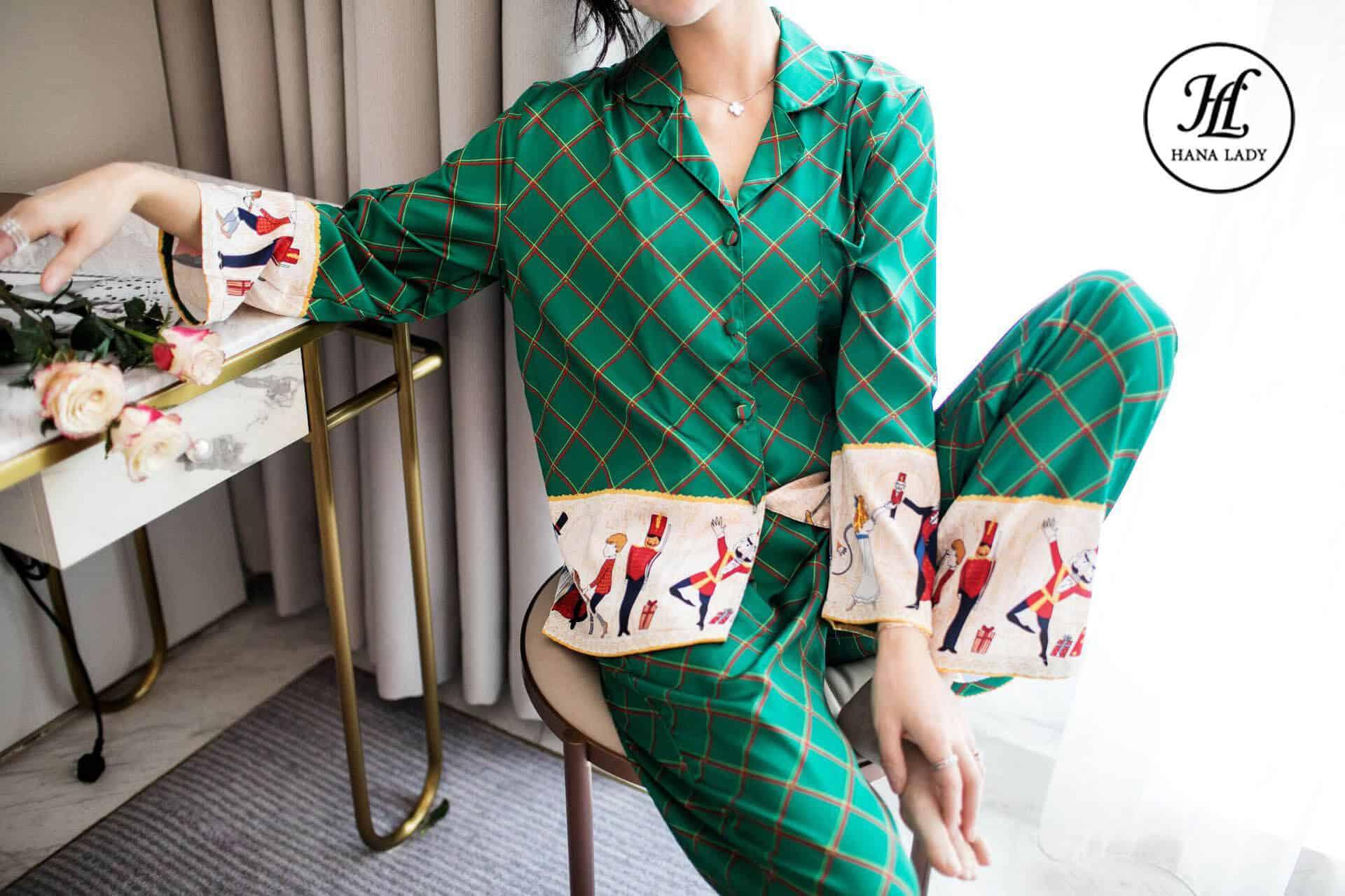 Pijama lụa form sang chảnh họa tiết cao cấp PJ169