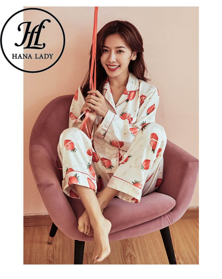 Đồ ngủ pijama lụa tằm họa tiết strawberry PJ180 1
